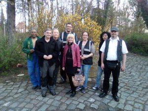 Iris Spranger zu Gast bei Mieterinnen und Mieter der Deutsche Wohnen in der Trettachzeile 15 (Altes Wasserwerk)